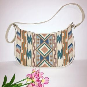 Vintage boho cream Aztec embroidered purse